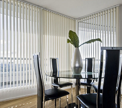 Installing Vertical blinds in your office? Avoid these 5 mistakes