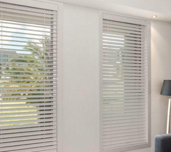 Maintenance tips for residential venetian blinds